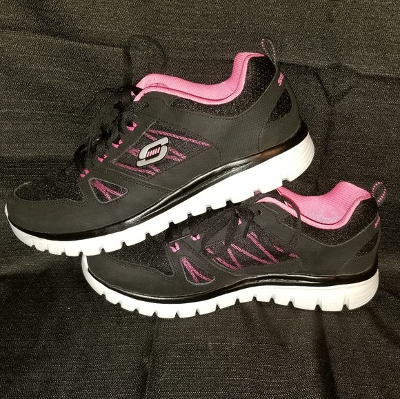 Womens Wide Fit Sketchers Size 10